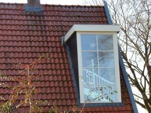 Casadata dakkapel met plat dak 2 m breed 3 7 m2 bvo for Bouwkosten per m3