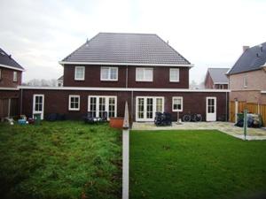 Casadata bouwkosten nieuwbouw twee onder 1 kap woning for Bouwkosten huis