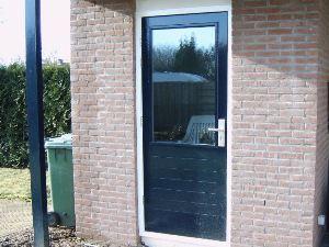 Wat kost een buitendeur mdf lakken hoogglans for Hoeveel kost een nieuwe trap